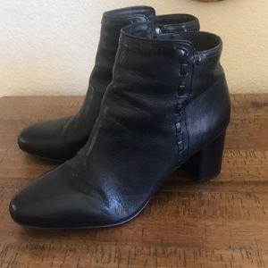 Via Spiga leather bootie